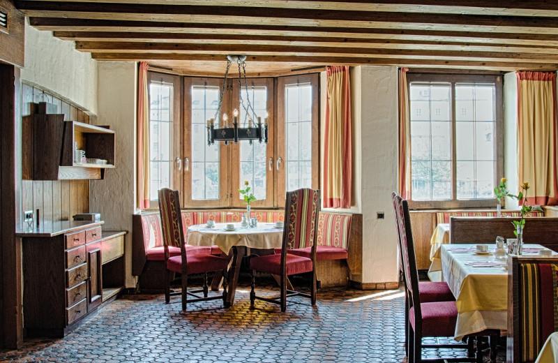 Dining at BEST WESTERN Hotel Mondschein.