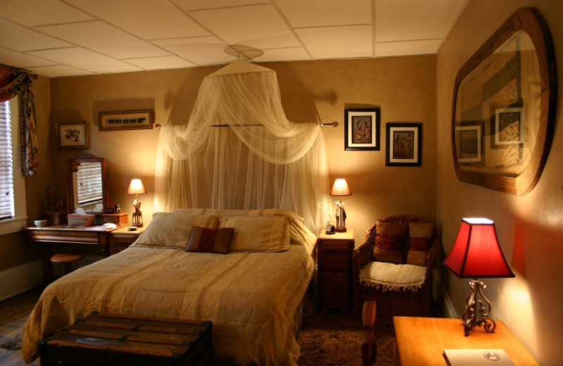 Guest room at Plantation Bed & Breakfast.