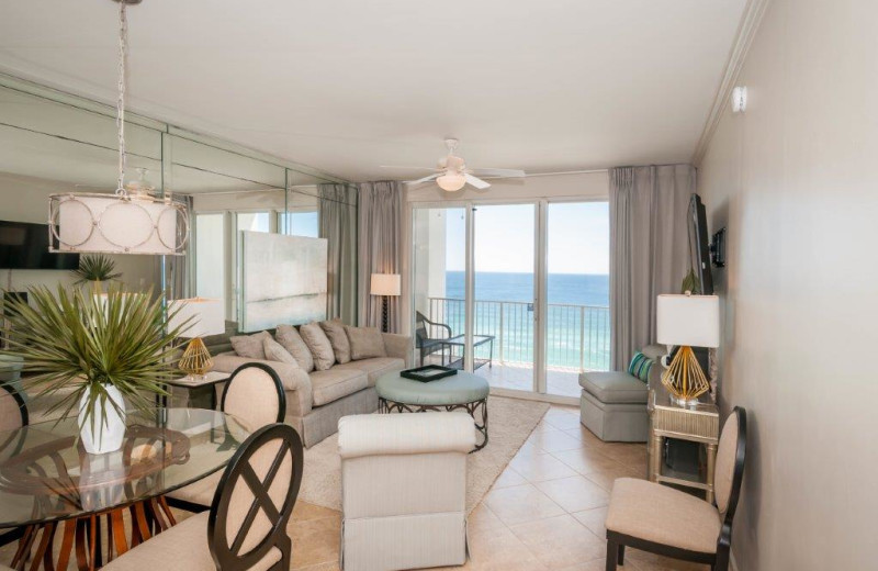 Rental living room at Destin Getaways.