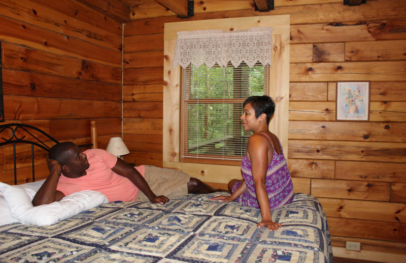 Cabin bedroom at Country Road Cabins.