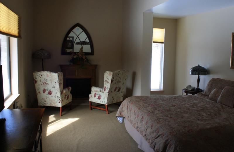 Guest room at Northern Rail Traincar Inn
