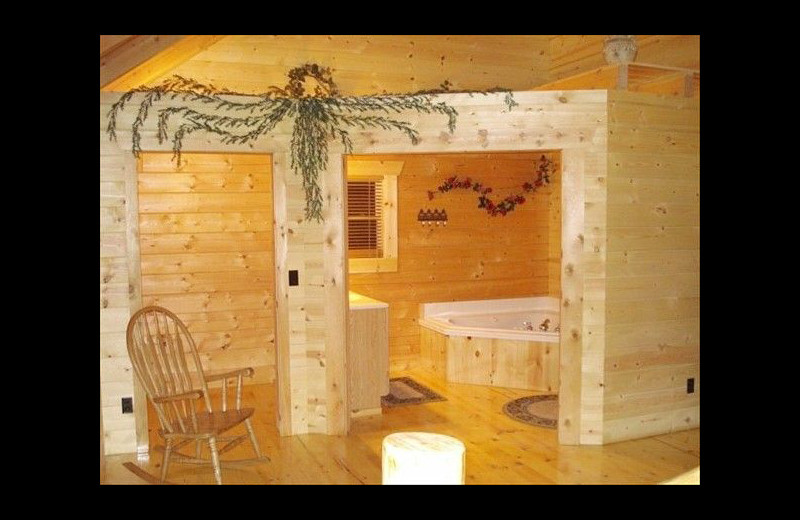 Cabin bathroom at Pine Ridge Log Cabins.