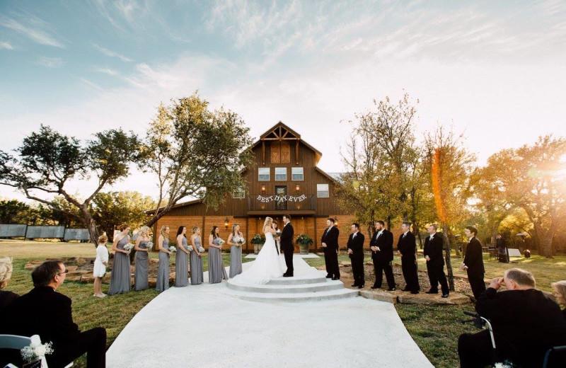 Wedding at Cedar Skies.