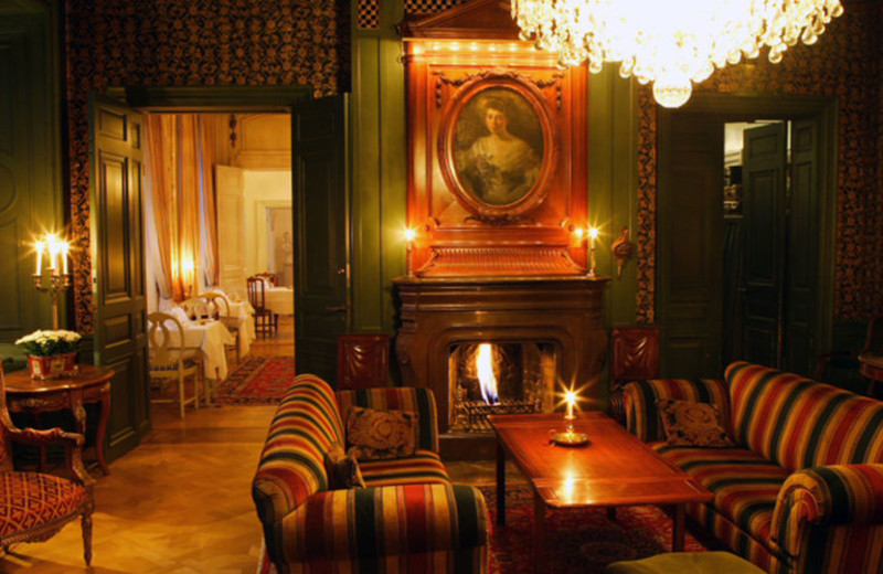 Lobby at Södertuna Slott.