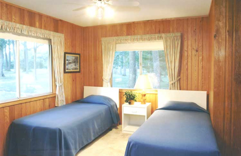 Cabin bedroom at Brindley's Harbor Resort.