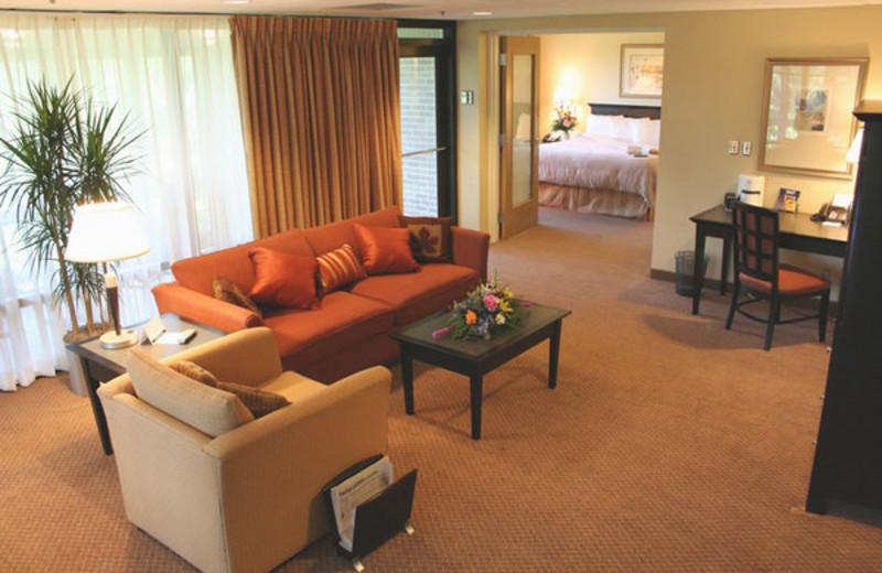 Guest suite at Oak Ridge.