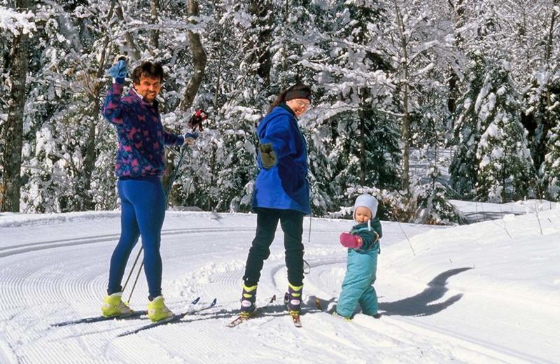 Family skiing at Garnet Hill Lodge.