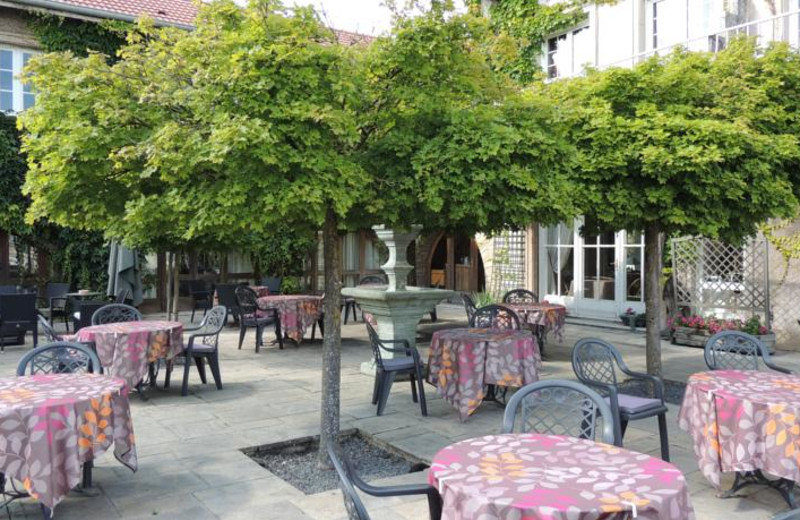 Patio at L'Hostellerie de l'Horizon.