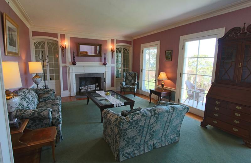 Guest suite at Atlantic Oceanside Hotel & Conference Center.