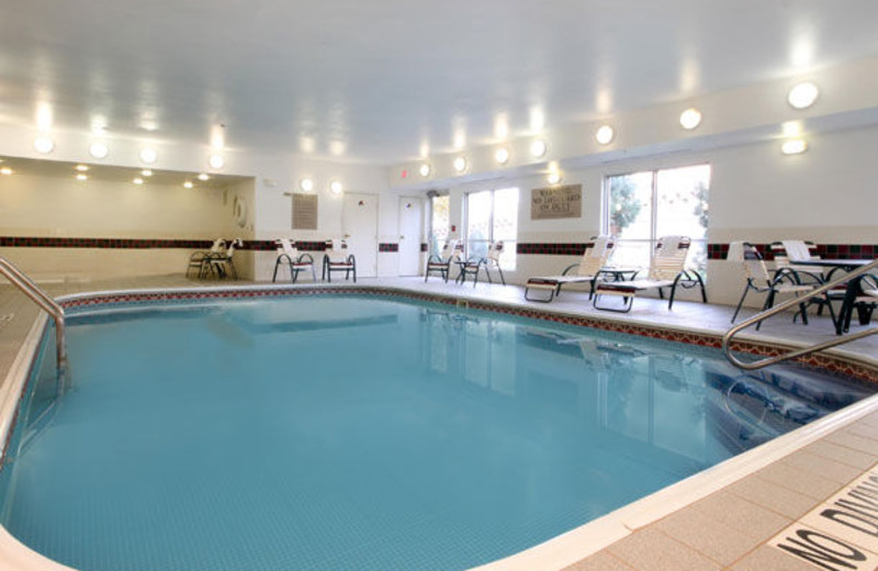 Indoor pool at Fairfield Inn & Suites Kansas City North.