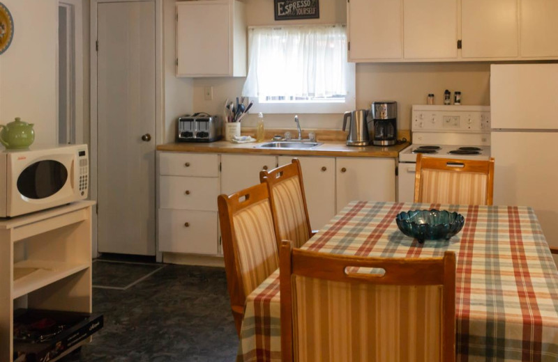 Cottage kitchen at Mattawa River Resort.