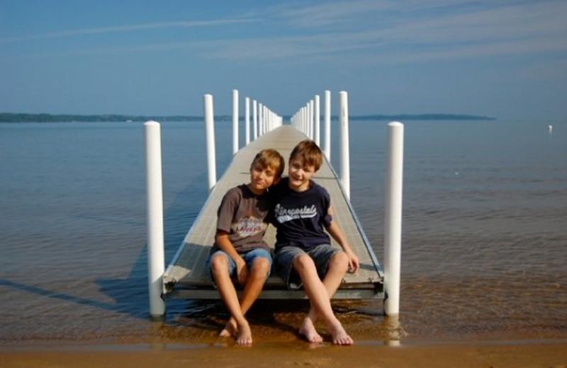 Kids on the dock at Tamarack Lodge.