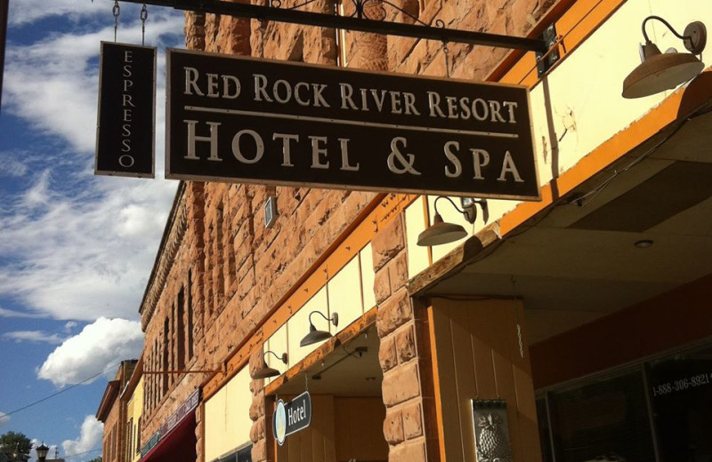 Exterior view of Red Rock River Resort Hotel & Spa.