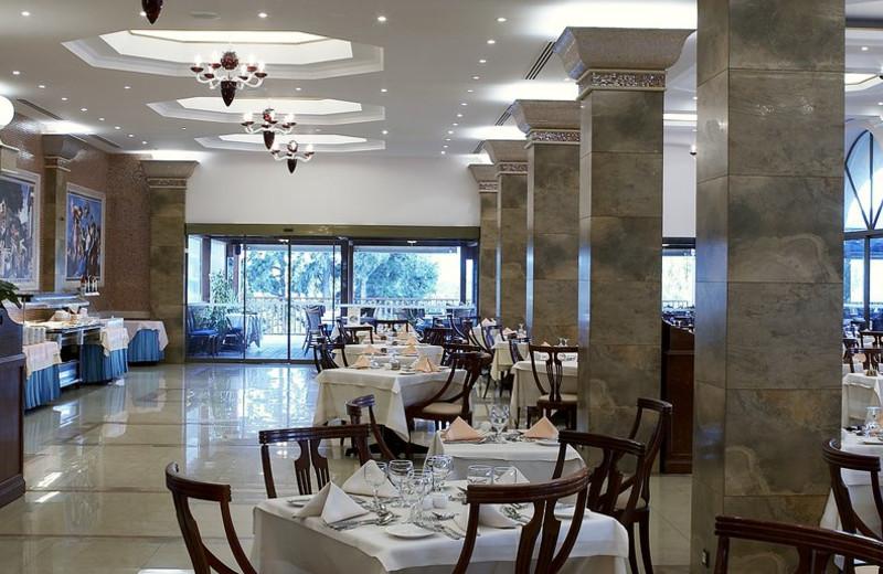 Dining at Atrium Palace.