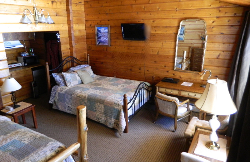 Two bed guest room at Eldora Lodge.
