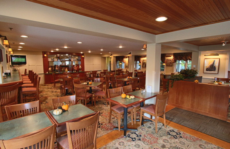 Dining at The Meadowmere Resort.
