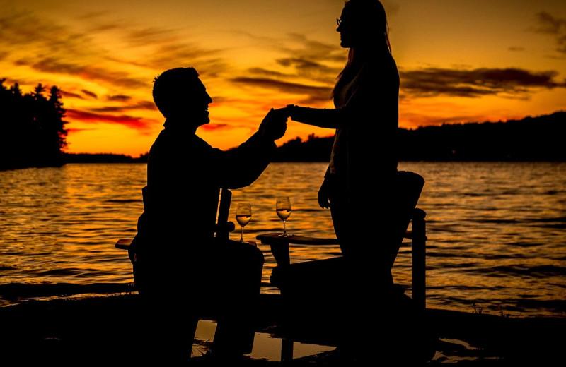 Couple proposing at Sherwood Inn.