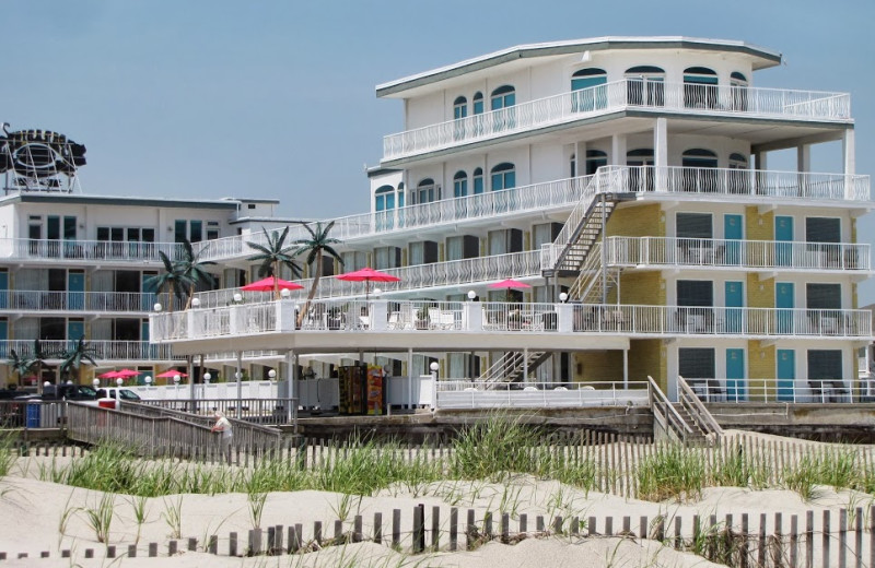 Exterior view of Paradise Oceanfront Resort.