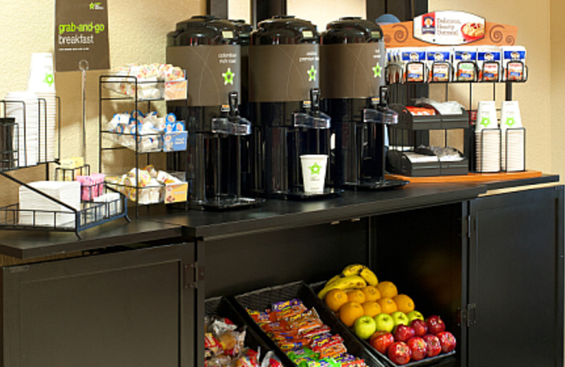 Grab and Go Breakfast at the Extended Stay America Economy Houston - The Woodlands