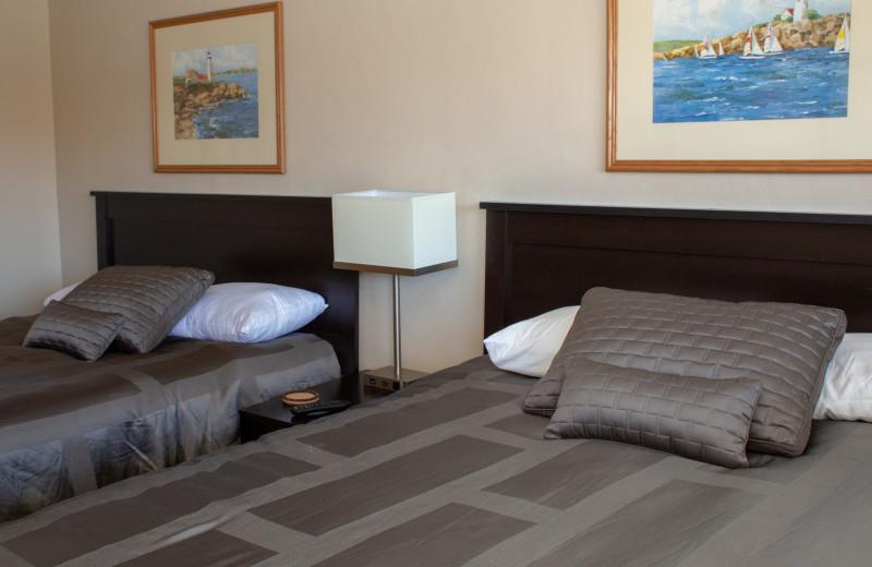 Guest room at Mark III Inn.