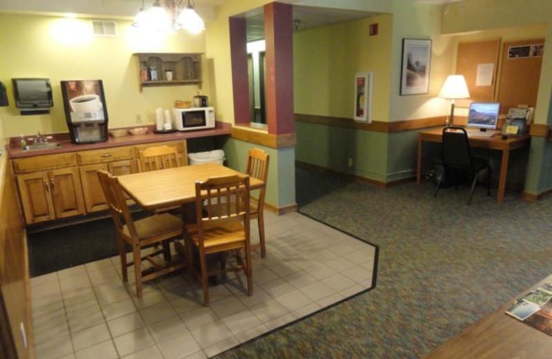Breakfast room at The Mountain Inn at Lutsen.