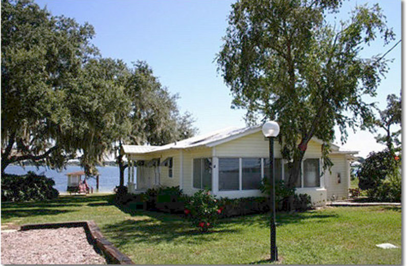 Lakeside Cottages (Lake Placid, FL) - Resort Reviews