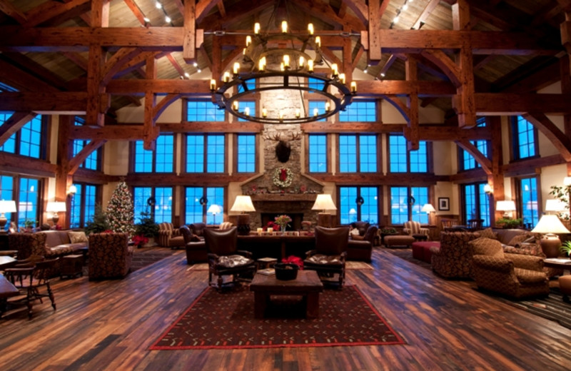 Lodge lounge at Vista Verde Ranch.