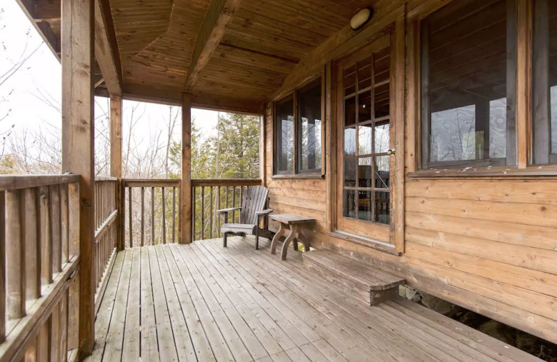 Cottage deck at Bobs Lake Cottages.