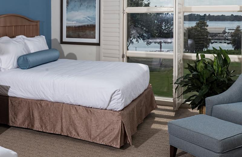 Guest room at Lake Blackshear Resort & Golf Club.