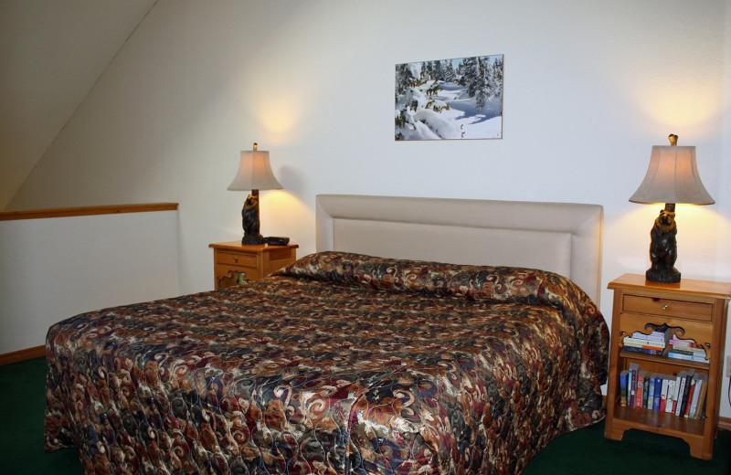 Guest room at Cascade Village Condominiums.