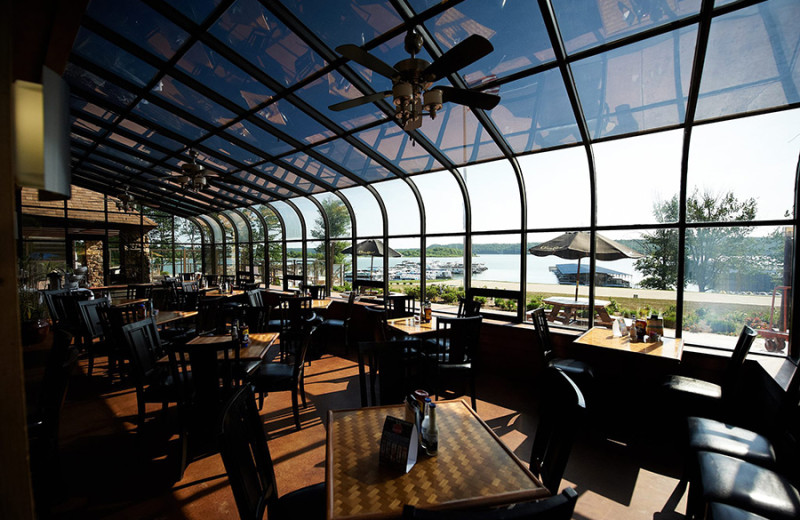 Dining at Fourwinds Resort & Marina.