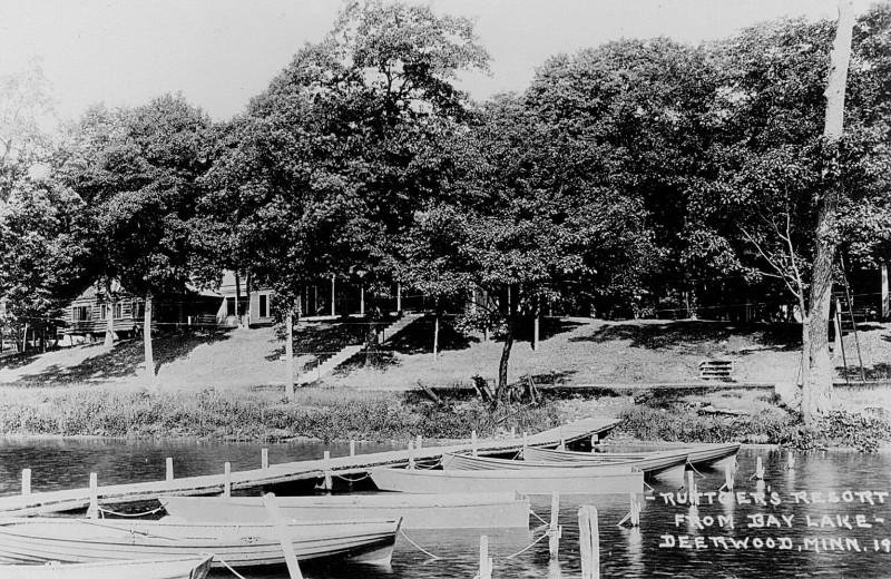 Historic photo of Ruttger's Bay Lake Lodge.