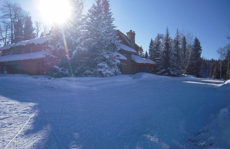 Winter exterior at Arrowhead Mountain Lodge.