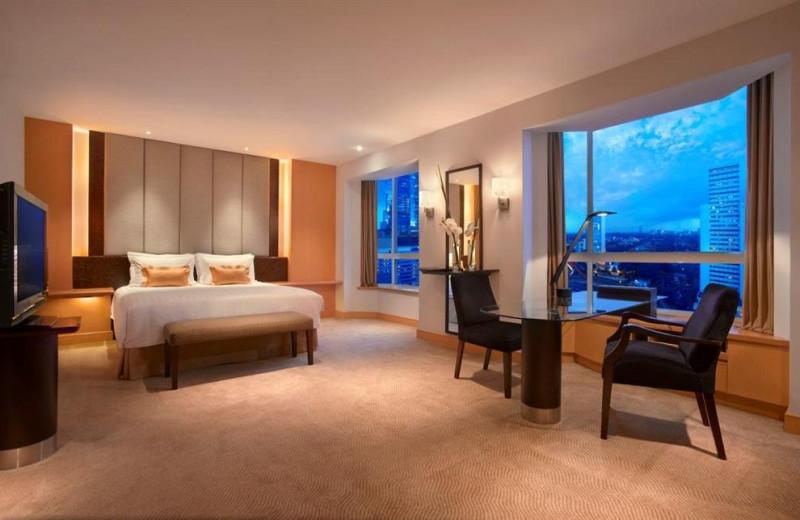 Guest room at Grand Hyatt Jakarta.