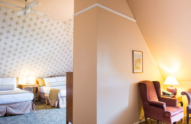 Guest room at Pendray Inn & Tea House.
