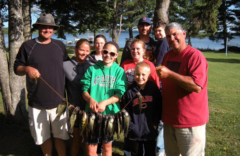 Family fishing at Wind Drift Resort.
