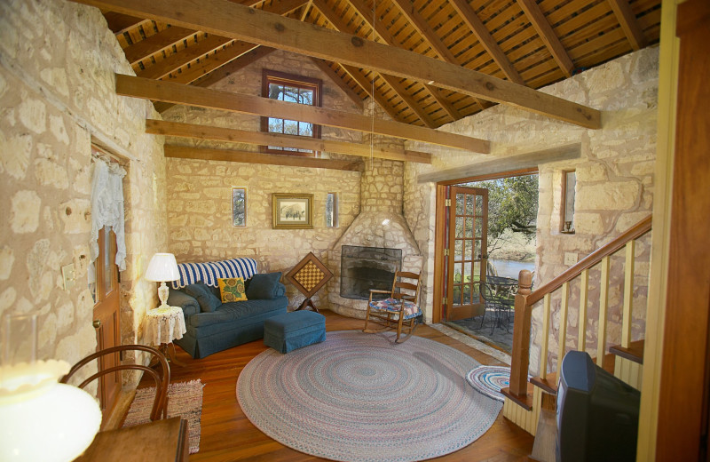 Guest cabin at Fredericksburg Ranch.