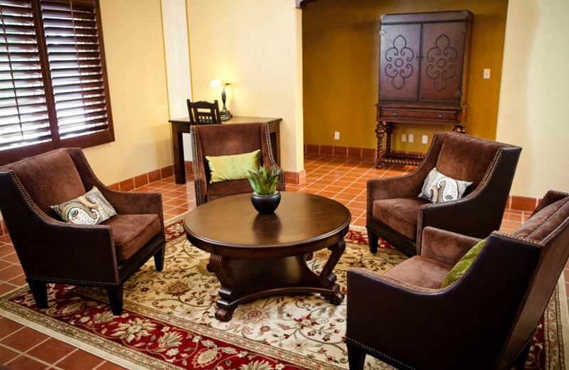 Guest sitting room at El Cordova Hotel.