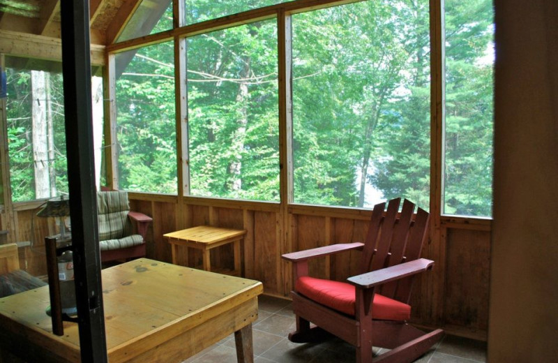 Cabin living room at Timberlock.