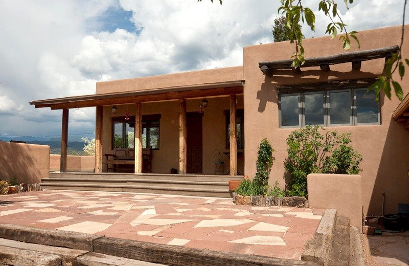 Two casitas santa fe vacation rentals santa fe nm for Santa fe new mexico cabin rentals