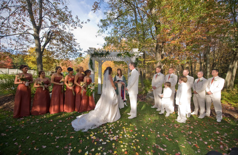 Weddings at Mountain Springs Lake Resort.