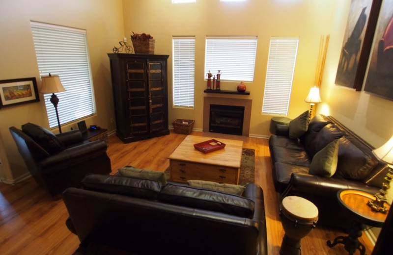 Vacation rental living room at SkyRun Vacation Rentals - Scottsdale, Arizona.