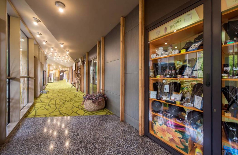 Shop at Glamping Olimia Adria Village.