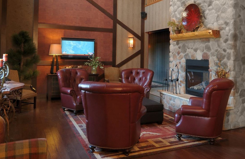 Lobby at Thumper Pond Golf Course & Resort.