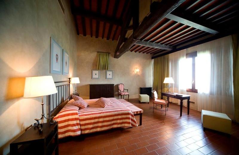 Guest room at Villa Pitiana.