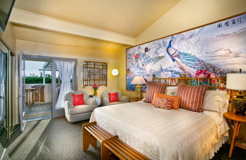 Guest room at Inn at Moonlight Beach.