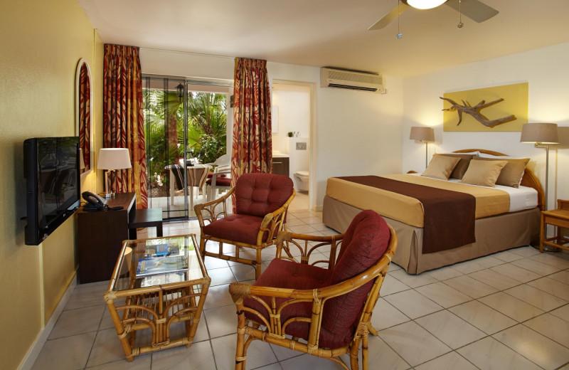 Guest room at Paradera Park Apartments.