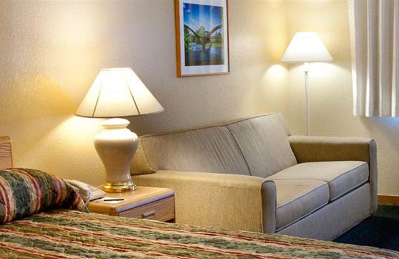 Guest room at Fairview Inn.