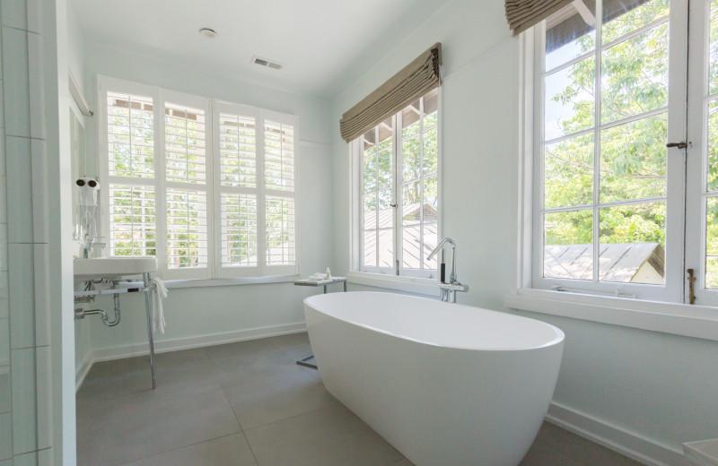 Guest bathroom at Oakhurst Inn.