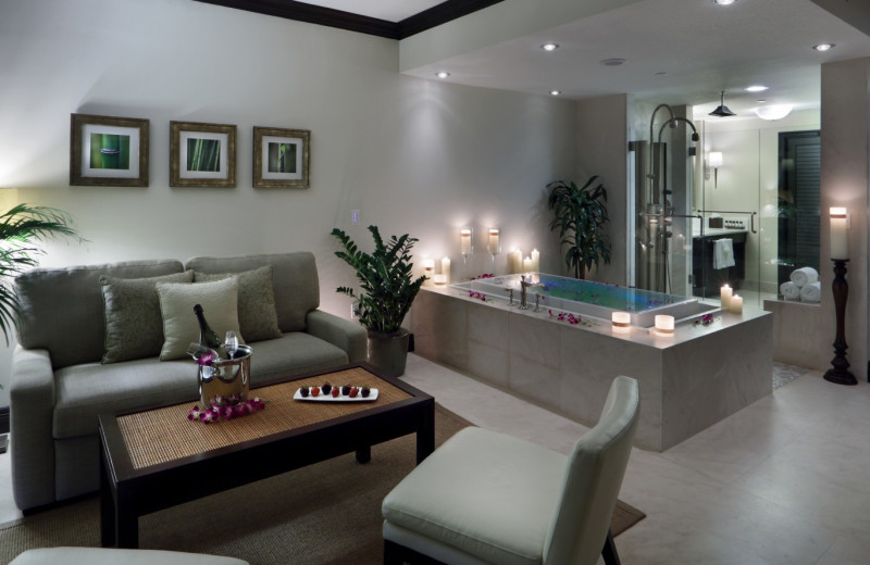 Jacuzzi suite at The Seagate Hotel & Spa.